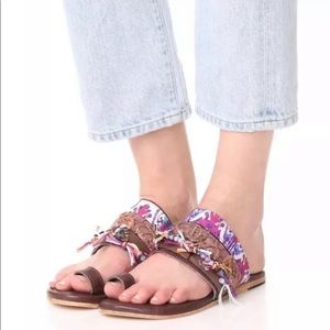 Lava Toe Ring Sandals - Freebird by Steven